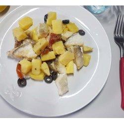 Merluzzo con Patate, Olive e Pomodori Secchi 250 gr.